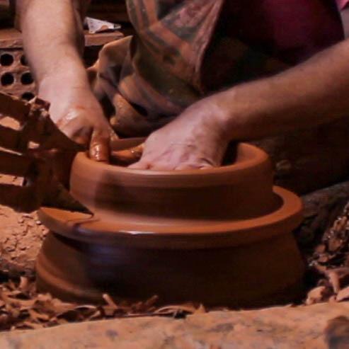 Lámpara artesanal de céramica torneada a mano Barbutina 5