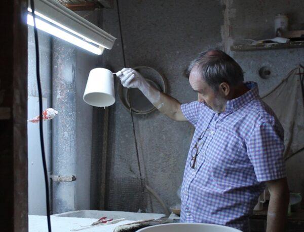 Lámpara artesanal de suspensión de cerámica Majolic 4