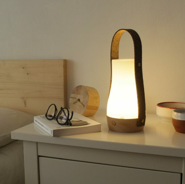 Lámpara portátil artesanal de madera y vidrio Buddy 7